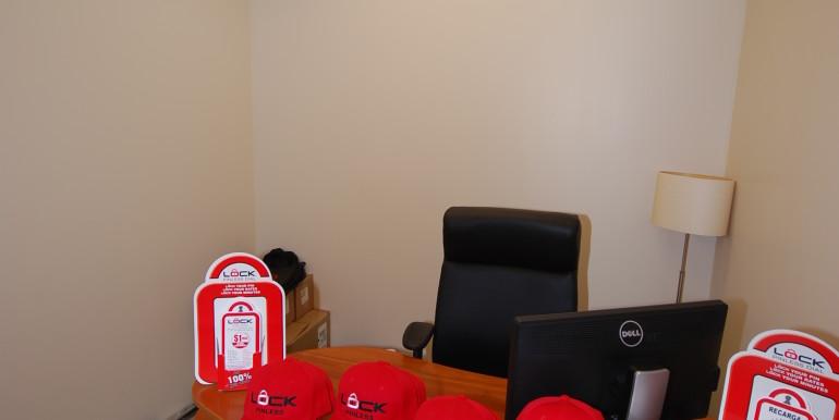 11_ Office 1