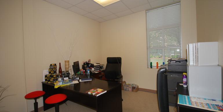 9_Office 6
