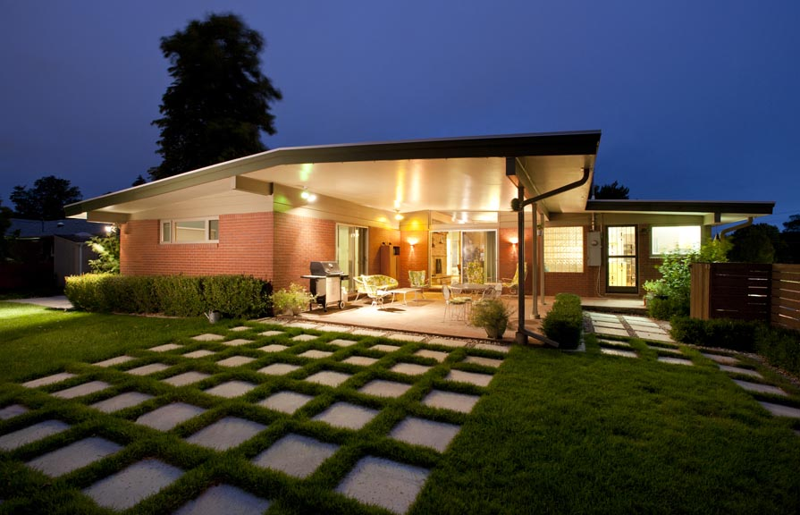 Mid century modern ranch homes for sale for Mid century modern prefab homes