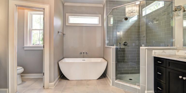 22_Master Bath