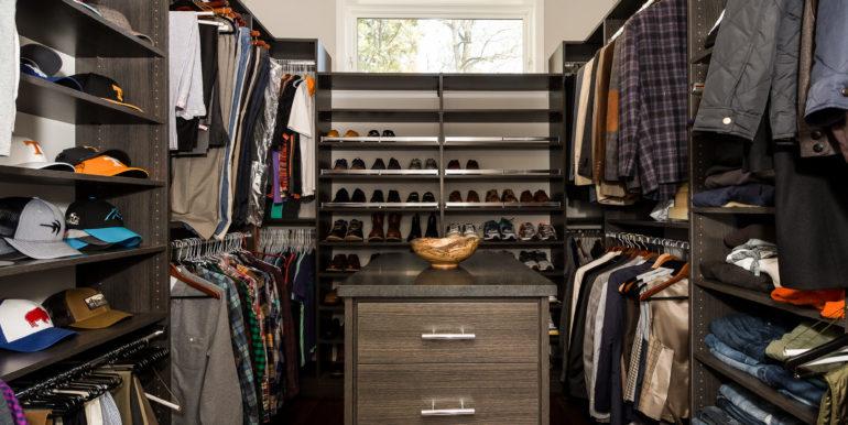 14-_-master-closet