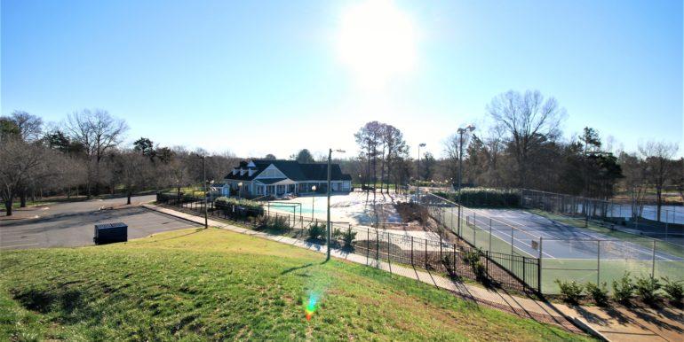 23_Tennis & Pool