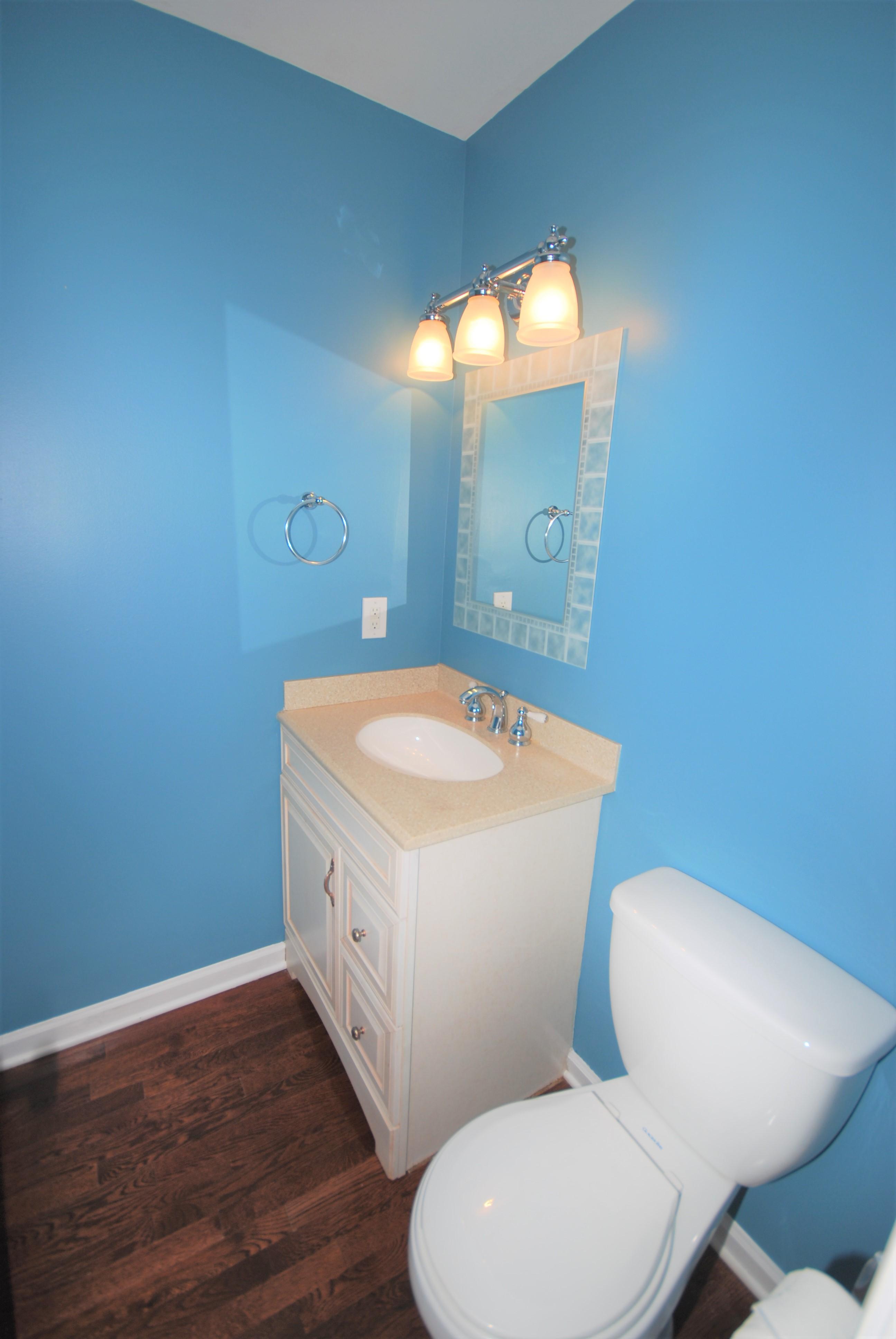 Sold Corner Lot In Cameron Wood 3 Bedroom 2 5 Bathroom
