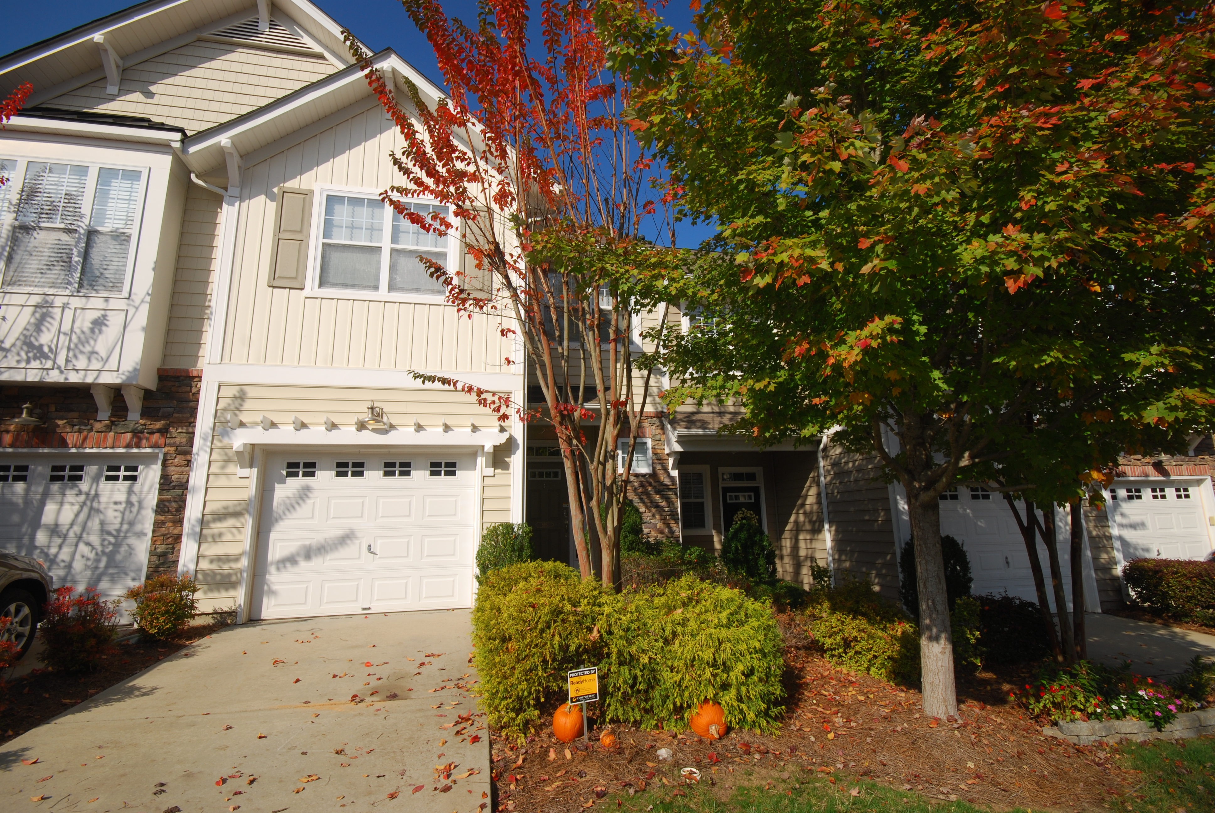 CLOSED: Beautiful 3 Bedroom / 2.5 Bath Townhome at Whitley Mills in Fort Mill